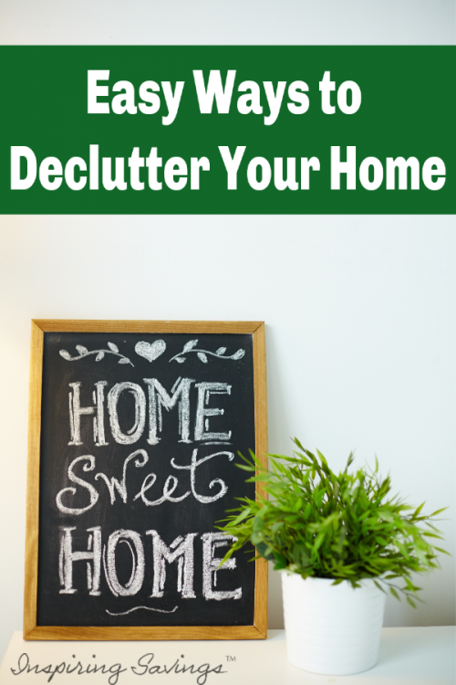 Our lives and our homes seem to get full of clutter so quickly. Tackling clutter in small chunks can have a quick impact and give you a sense of freedom. Freedom from clutter does not have to take hours but can be accomplished in minutes a day. Let's go over some easy ways to declutter your home.