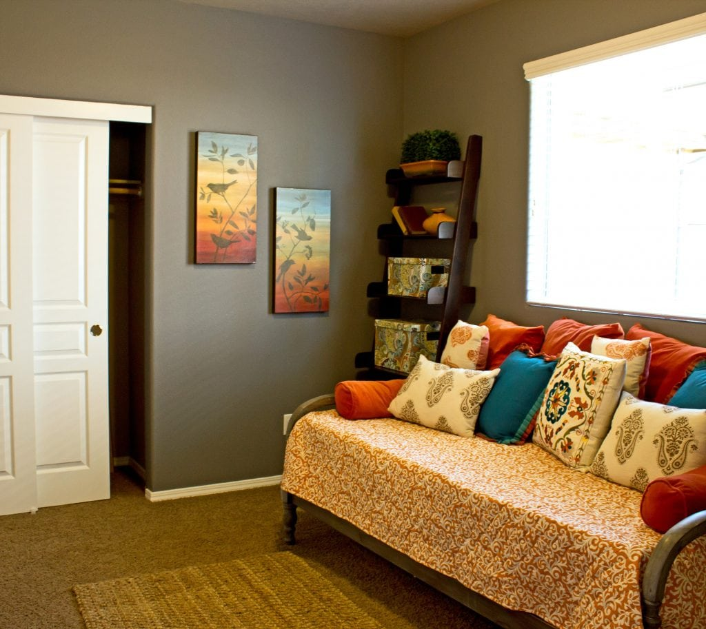 inside bedroom with day bed