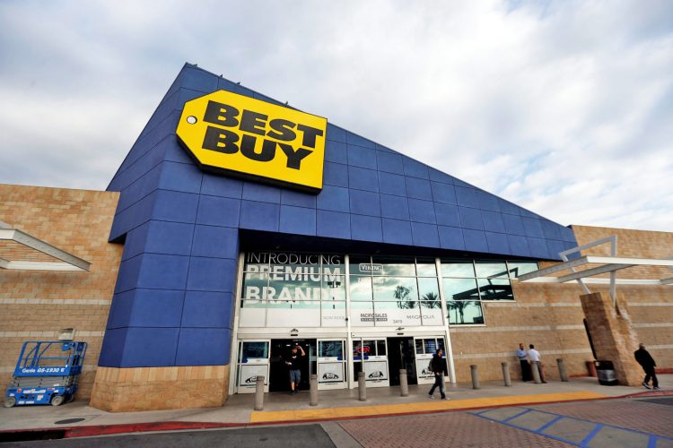 Outside Best Buy Store - Price Matching