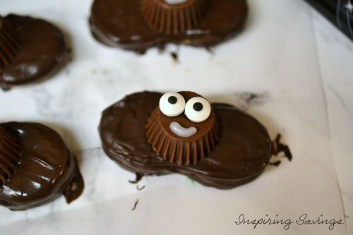 Easy No Bake Halloween Nutter Butter Bat Cookies