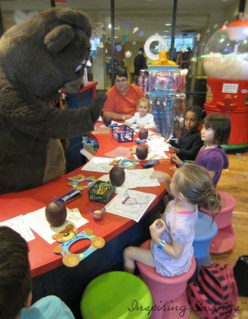 craft time with Oakley the bear at Six Flags Great Escape Lodge Indoor water park