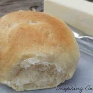 Delicious Easy Homemade Dinner Rolls