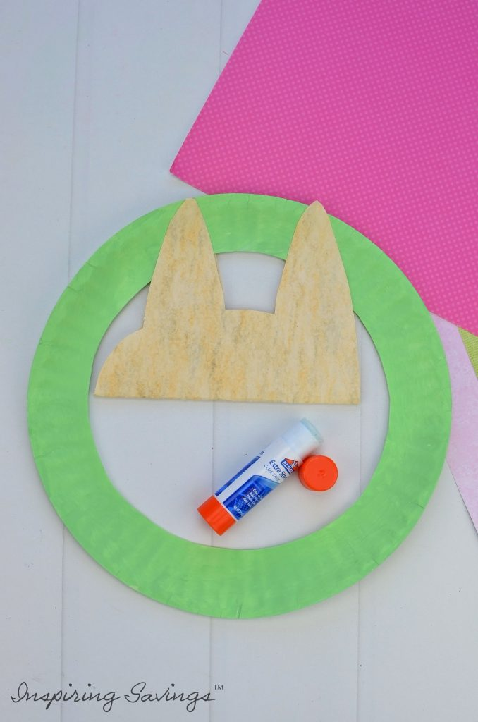 Adding Mommy sloth to Green paper plate wreath