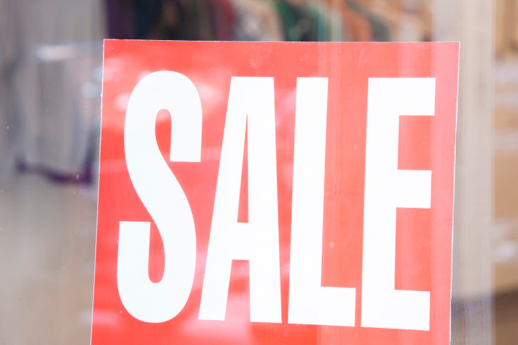 Sale Sign - Learning to shop the sales cycle