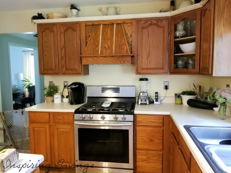 The Best Way to Paint Kitchen Cabinets - Kitchen before painting