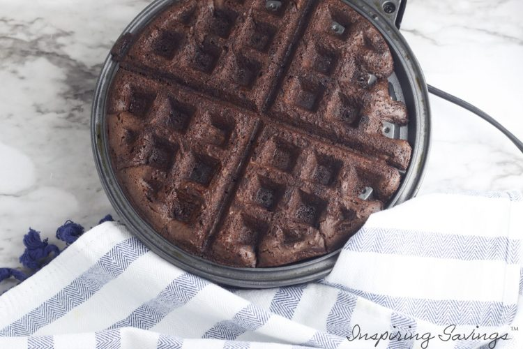Brownie Waffle in Waffle Iron - Done