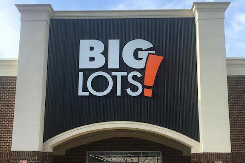 Big Lots store front - Friends & Family Sale
