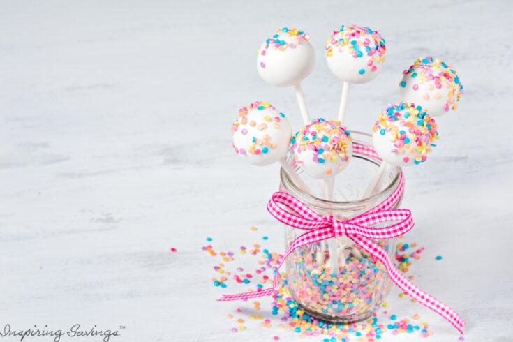 No-Bake Vanilla Cheesecake Cake Pops