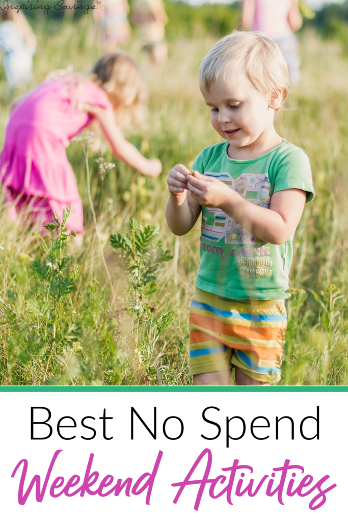 Kids playing outside - best no spend weekend activities
