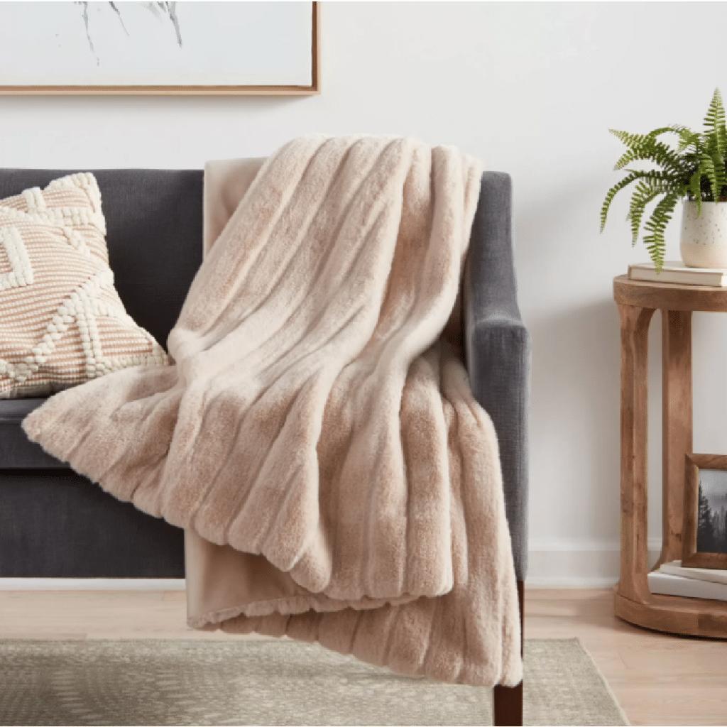 Textured Faux Fur Throw Blanket
