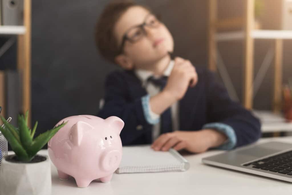Little Boy setting goals about money